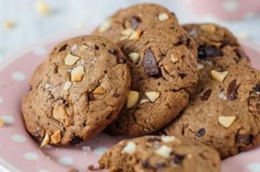 Macadamia-Schoko-Cookies mit Fleur de Sel