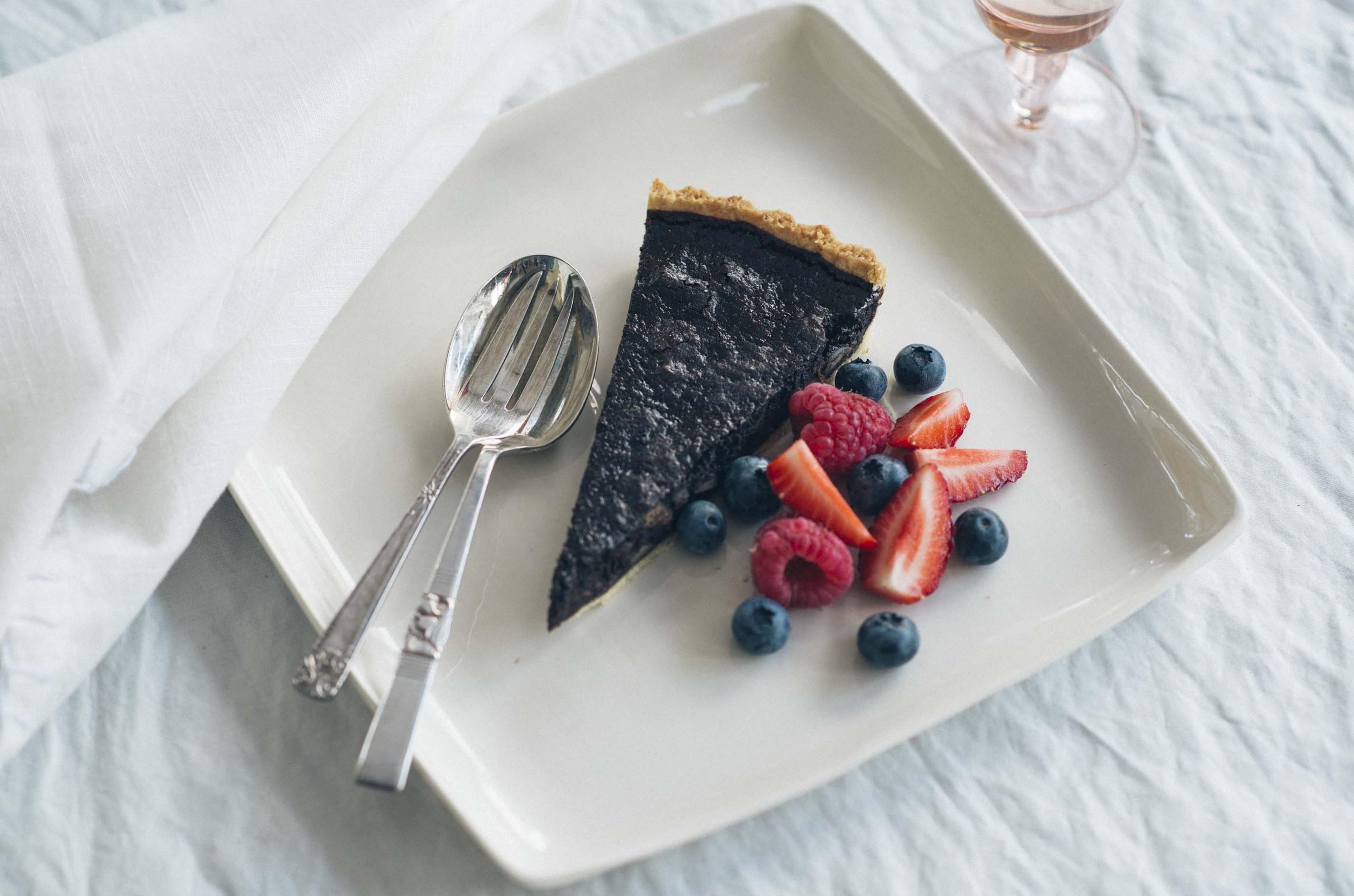 Chili-Schokoladen-Macadamia-Tarte