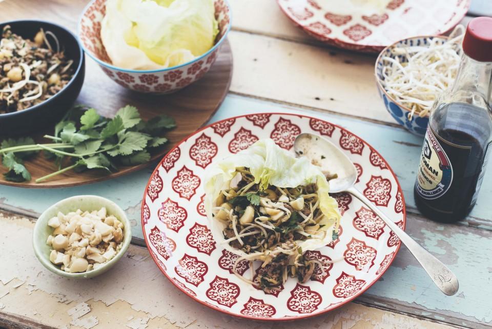 San Choy Bao mit Macadamias