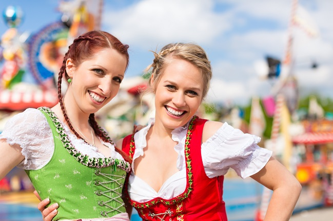 """O'zapft is"" in Down Under – Oktoberfest Brisbane"
