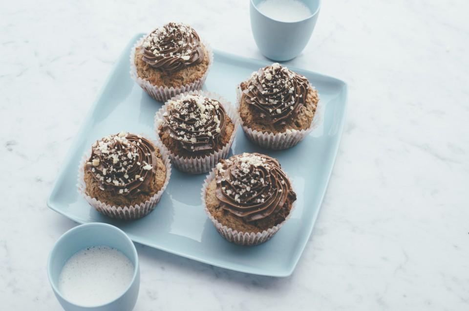 Schoko-Macadamia-Muffins mit Kokos