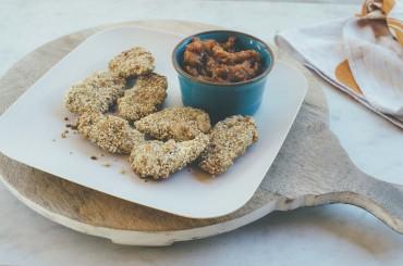 Chicken-Nuggets mit Quinoa und Macadamias