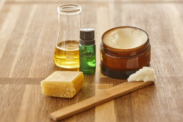 Das perfekte Muttertagsgeschenk –  Macadamiaöl-Lippenbalsam