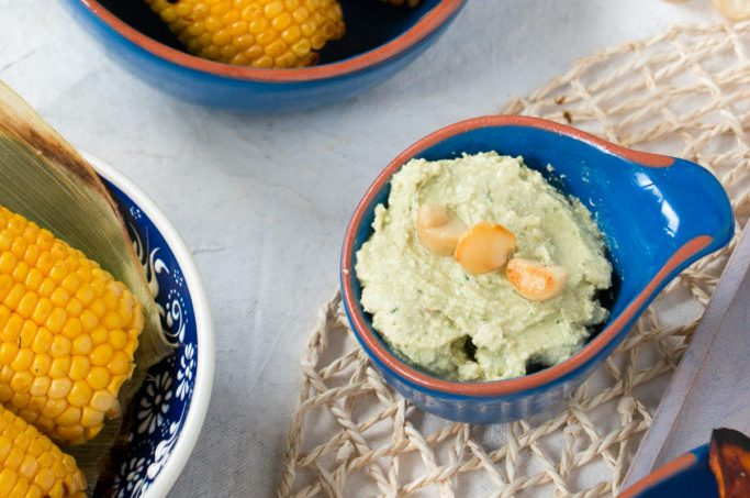 Limetten-Macadamia Dip