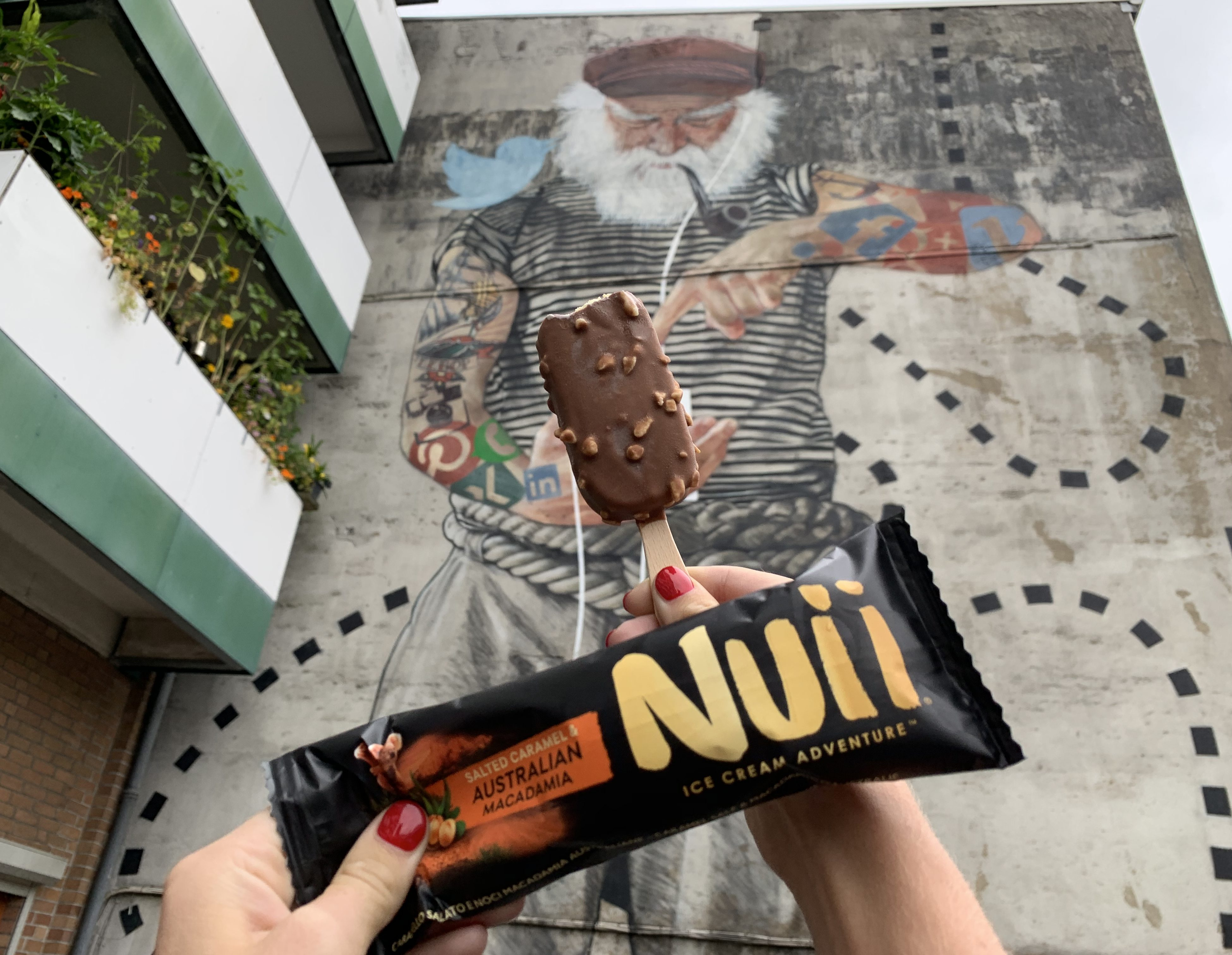 Produkttest: NUII Salted Caramel & Australian Macadamia Eis